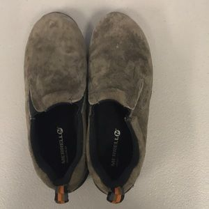 Boys Merrell slip on shoes size 4.5